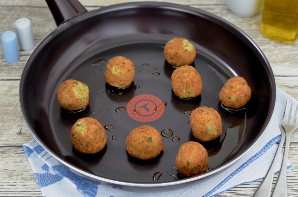 Falafel in Pfanne